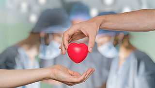 Geef je donorvoorkeur op, automatische registratie als je dit jaar geen keuze maakt