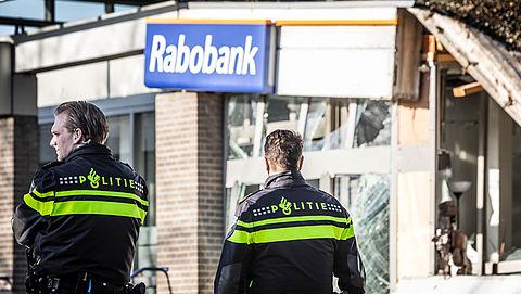 Rabobank overweegt verwijdering pinautomaten vanwege plofkraken}