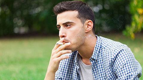 Nederlanders roken meer sigaretten}