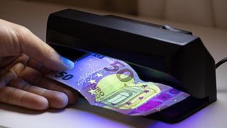 Biljet mogelijk vals en ingeslikt bij het storten van geld, wat nu?