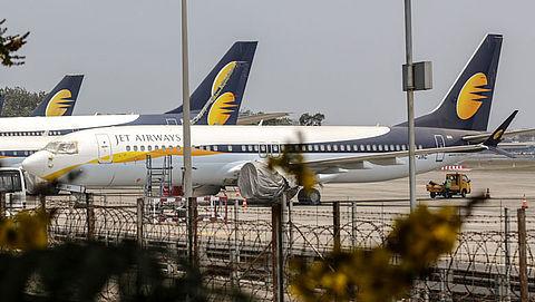 Jet Airways schrapt alle vluchten}
