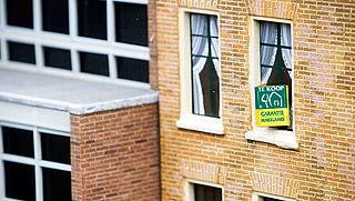 'Huizenprijzen stijgen volgend jaar minder hard'