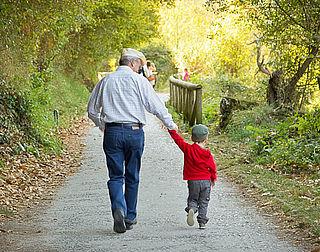 Geen wettelijk omgangsrecht voor oma en opa