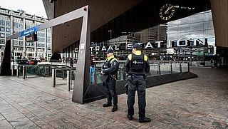 'Eenmalige investering in zes stations tegen terreur'