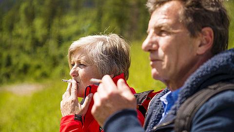 Meeste sportverenigingen hebben geen rookbeleid en verkopen ongezonde voeding}