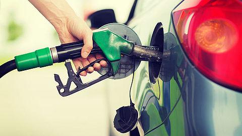 Hoe rijd je zo zuinig mogelijk met je auto op benzine of diesel? Radar geeft 15 tips