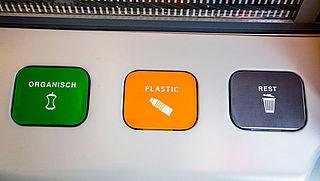 'Op treinstations moet meer afval worden gescheiden'