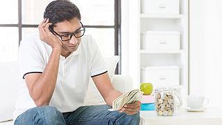 Eenverdiener heeft steeds minder te besteden