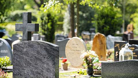 Onderzoek naar grafrechten - reacties gemeenten