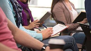 Gestresste studenten door lening en prestatiedruk
