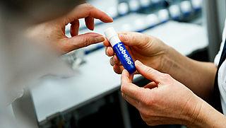 Belgische consumentenbond waarschuwt voor mogelijk schadelijke lippenbalsem