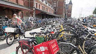 Amsterdam gaat deelfietsen verwijderen