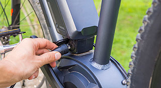Vrees voor levensgevaarlijke situaties door nieuwe e-bike-regel
