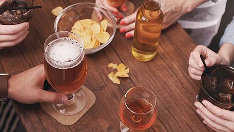 'Nederlanders zijn iets meer alcohol gaan drinken'}
