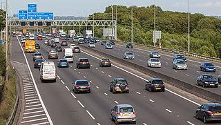 Kabinet onderzoekt autoloze zondag als oplossing voor stikstofcrisis