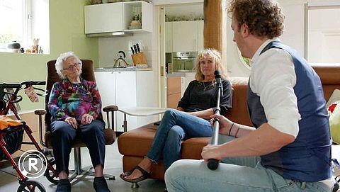 Geen enkele huisarts wil in huis genomen moeder als patiënt | Radar checkt