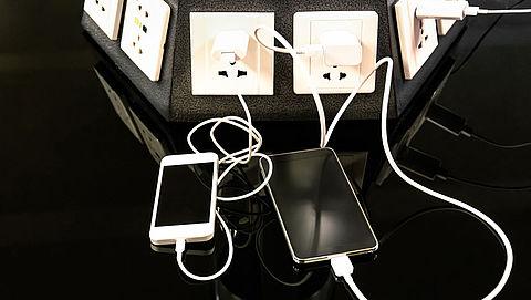 Onderweg je smartphone opladen? Pas op!