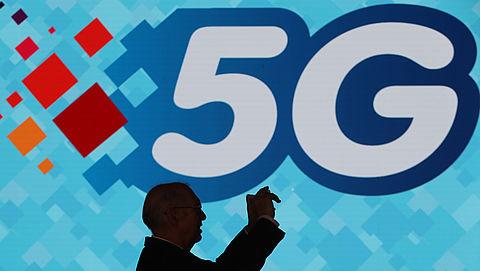 Gemeenten verplicht om mee te werken aan 5G-aanleg}