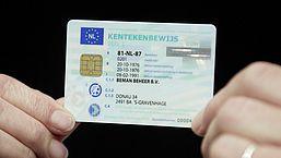 Kentekenbewijs aanvragen bij 'mijnkentekenbewijs.nl', is dat betrouwbaar? | Radar checkt