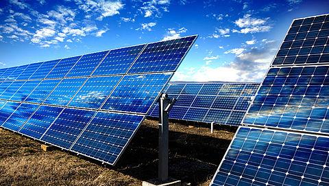 'Bouw importheffingen Chinese zonnepanelen geleidelijk af'