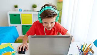 'Online risico's voor kinderen moeten beperkt worden'
