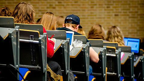 Recordaantal buitenlandse studenten in Nederland}