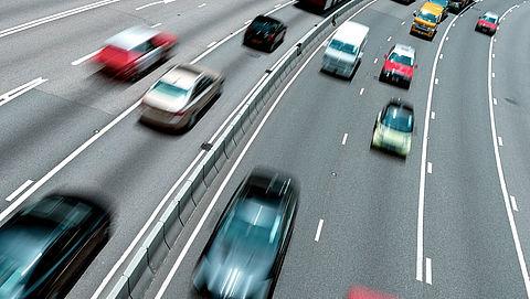 Politie begint nieuwe aanpak tegen hardrijders met inzet van radarwagens