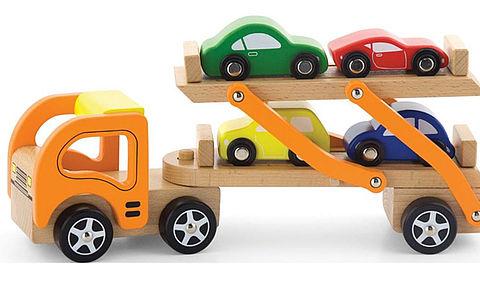 Verstikkingsgevaar bij speelgoed-autotrailer VIGA