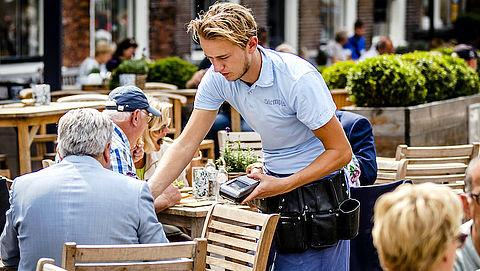 Werkloosheid onder jongeren stijgt het hardst, maar op welke steun kunnen zij rekenen?