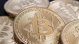 Bitcoinwaarde stijgt razendsnel