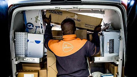 PostNL bezorgt ruim 30 miljoen pakjes rond feestdagen}