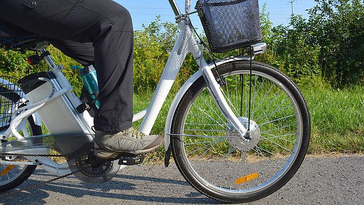 E-bike niet gevaarlijker dan normale fiets