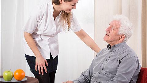 Consumentenbond: 'Wachtrijen bij meeste verpleeghuizen te lang'