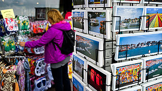 Amsterdam verbiedt nieuwe toeristenwinkels in centrum