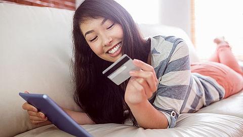Europese Commissie stelt nieuwe regels op omtrent online aankopen}