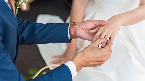 Minister wil dat trouwen in algehele gemeenschap van goederen goedkoper wordt