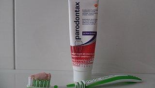 Onvrede over vernieuwde tandpasta van Parodontax: 'Een heel ander product!'