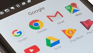 Kritiek op Google: 'Zoekresultaten niet transparant en beperkte informatie in Play Store'