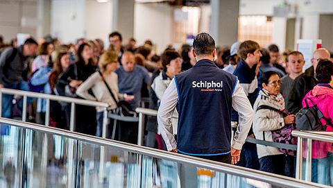 Dinsdag geen ov-staking rond Schiphol, maar nog wel grote kans op chaos}