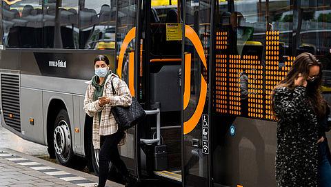 Aantal zwartrijders in bus fors toegenomen sinds corona