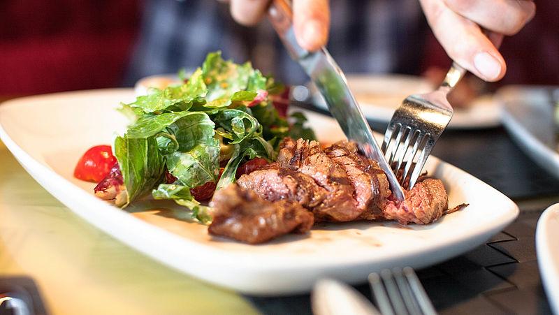 Helft Nederlanders vindt elke dag vlees niet meer van deze tijd