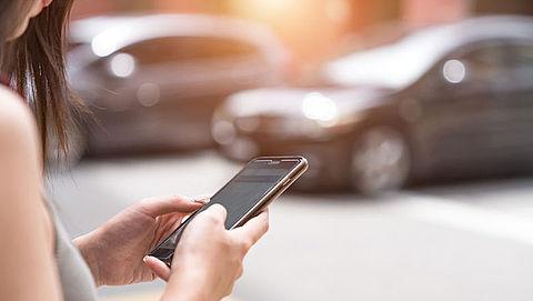 'Uber moet aan zelfde wetgeving voldoen als taxi's'