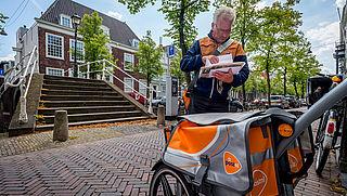 Postbezorging in groot deel van Nederland ontregeld door staking PostNL