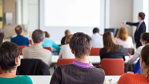'Universiteiten en hogescholen vragen onterecht om eigen bijdrage'}