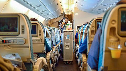 Vliegtuigmaaltijd in gevaar door stiptheidsactie KLM-medewerkers}