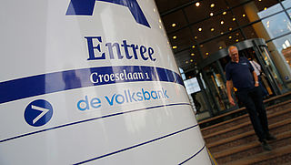 'Banken moeten voorbeeld Volksbank volgen'