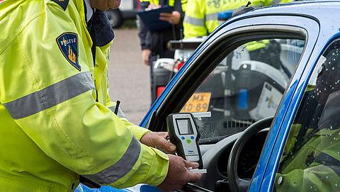 Kabinet wil dat beschonken bestuurders het rijbewijs sneller kwijtraken}