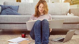 'Zorgelijk dat studenten door leenstelsel langer thuiswonen'
