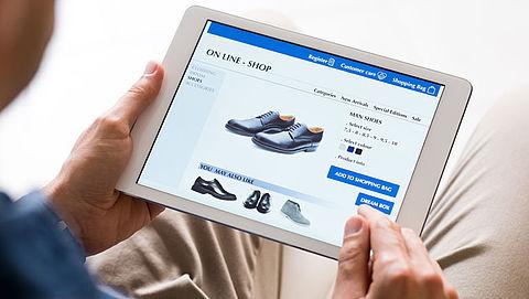 Uitgaven online shoppen met 10 procent gestegen