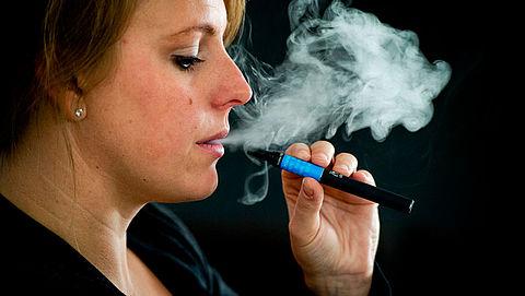 RIVM bezorgd om verkoop verboden e-sigaret 'JUUL'}